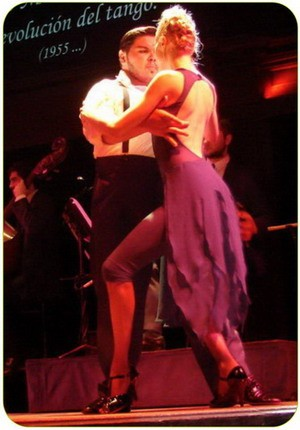 The Winners of the Tango Worldchampionship are dancing at El Querandi Tango Show in San Telmo