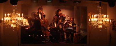 new-years-eve-el-cafe-de-los-angelitos-tango-show-in-buenos-aires-orchestra