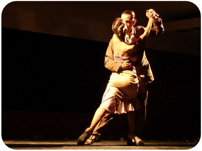 Catulo Tango Show in Buenos Aires pose of Tango dance